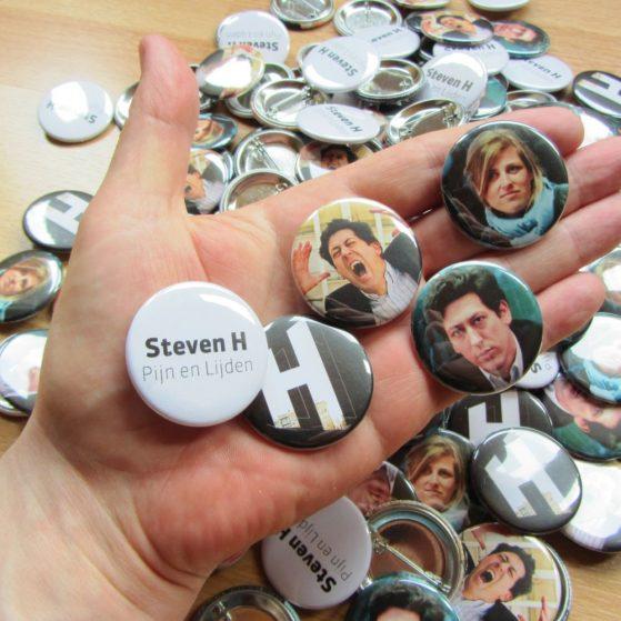 Buttons Steven H